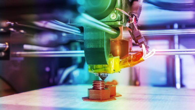 Deze afbeelding heeft een leeg alt-attribuut; de bestandsnaam is Smart-Machining-Platform-helpt-bedrijven-op-weg-met-Industrie-4.0.jpg
